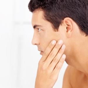 Sådan undgår du barberingsknopper og indgroede hår