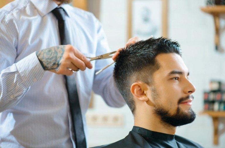 Sæt dit hår med det rigtige produkt