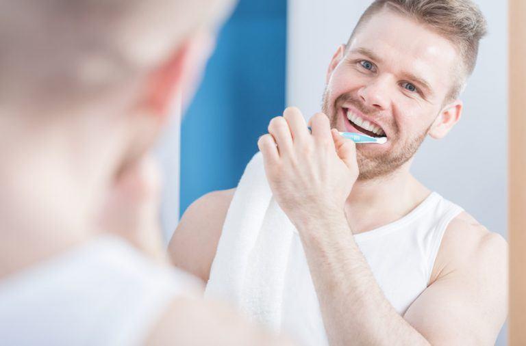 bedste tandpasta til hvide tænder