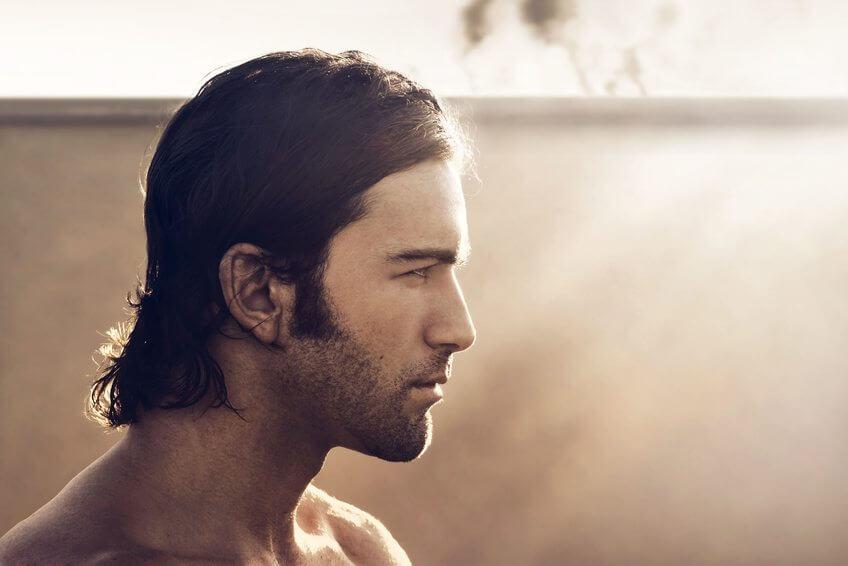 Langhåret mande frisure